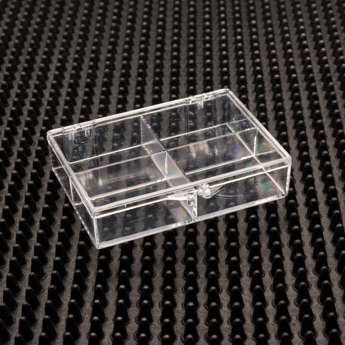 4 Compartment Clear Plastic Boxes (64-C )