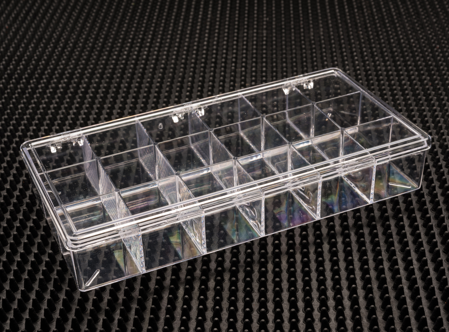 18 Compartment Clear Plastic Boxes (776C-18)
