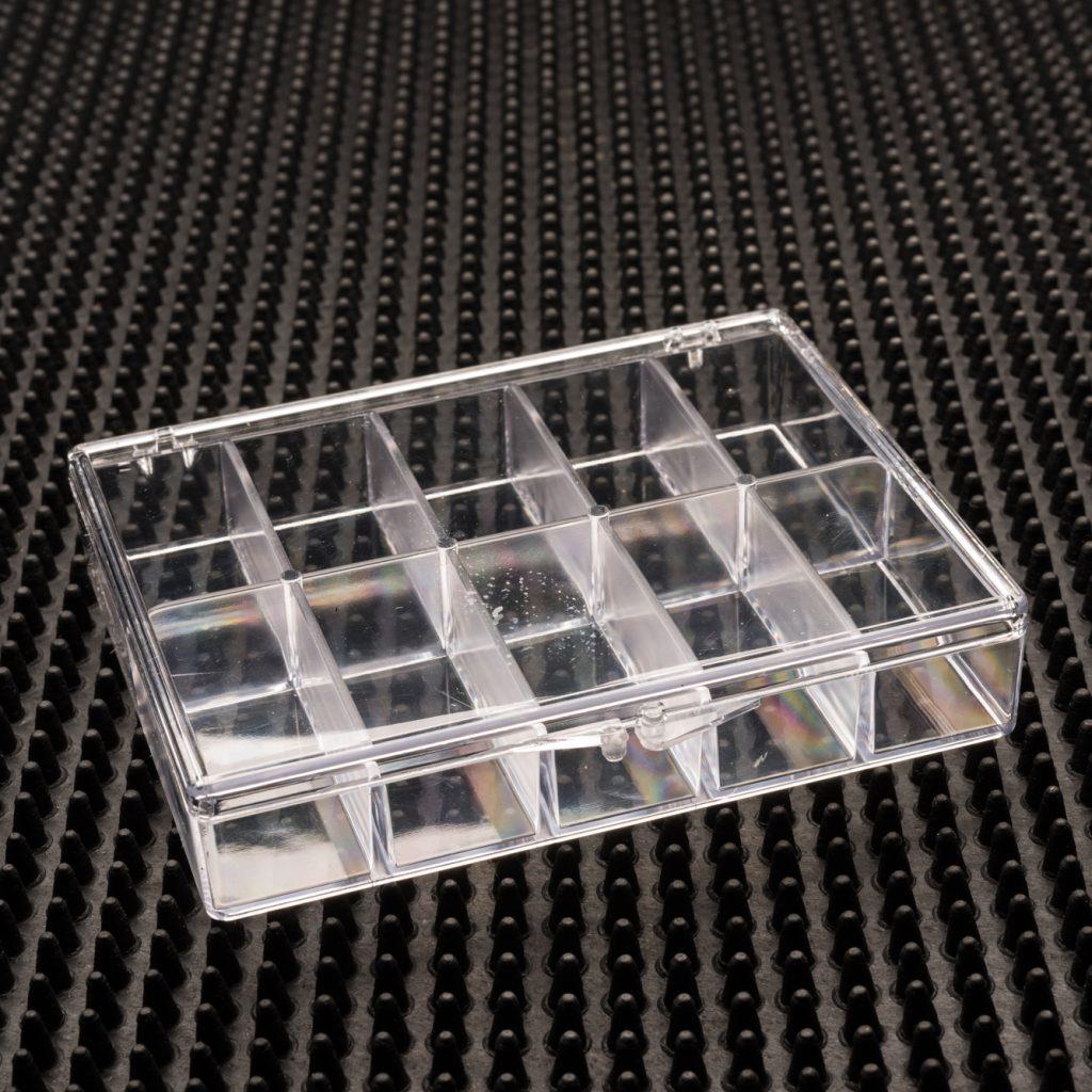 10 Compartment Clear Plastic Boxes (933C-10)